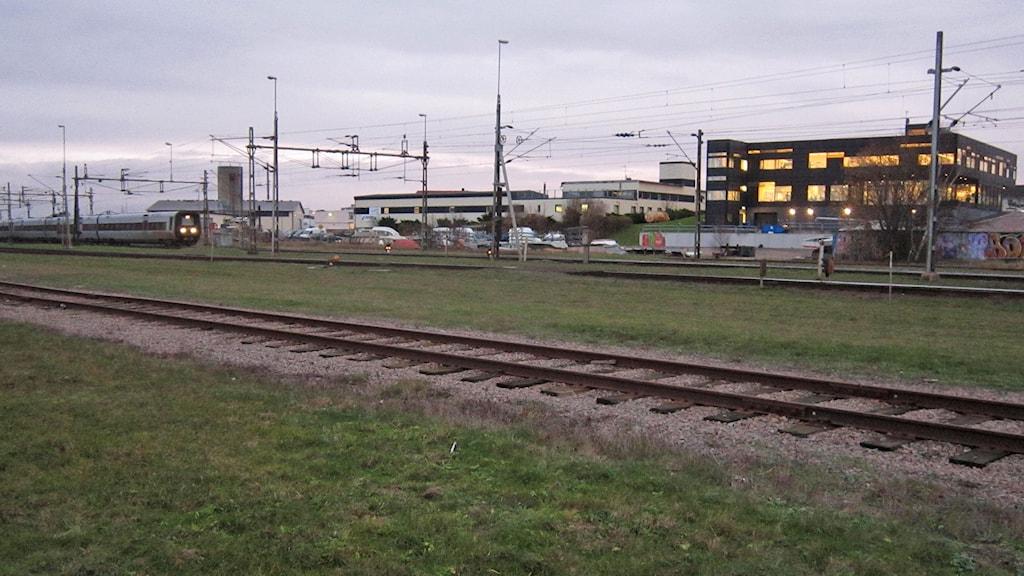 Tunnelområdet i Varberg, med rester från tidigare industrier. foto: Göran Frost/SR Halland