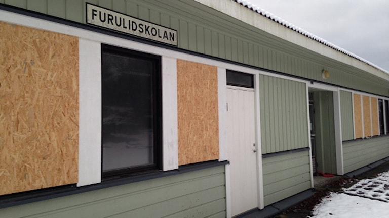 Den gamla Furulidskolan. Foto: Sveriges Radio
