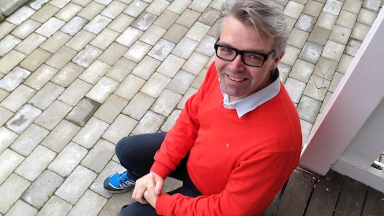 Bengt Andersson i Fjärås väntar på att bli godkänd för att donera sin njure till hustrun Rebecca. Foto: Therése Alhult/Sveriges Radio