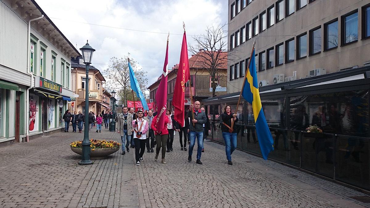Förstamaj-demonstration i Varberg. Foto: Jonna Burén/Sveriges Radio.