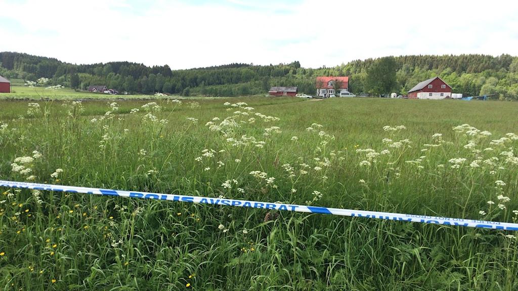 Polisen utreder just nu det mord som skedde utanför Varberg. Foto: Mattias Bolin / Sveriges Radio