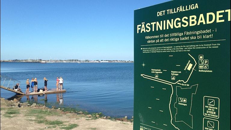 Det tillfälliga fästningsbadet. Foto: Sveriges Radio