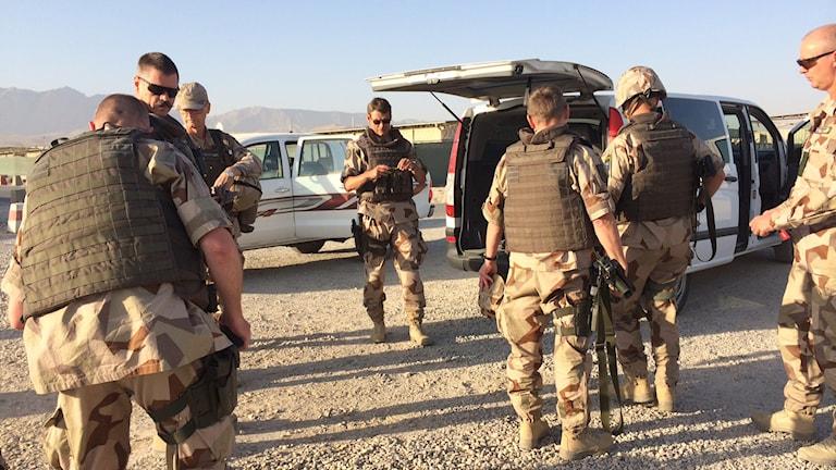 Soldater från LV6 i Halmstad på plats i Afghanistan. Foto: Anna Nyberg/Sveriges Radio.
