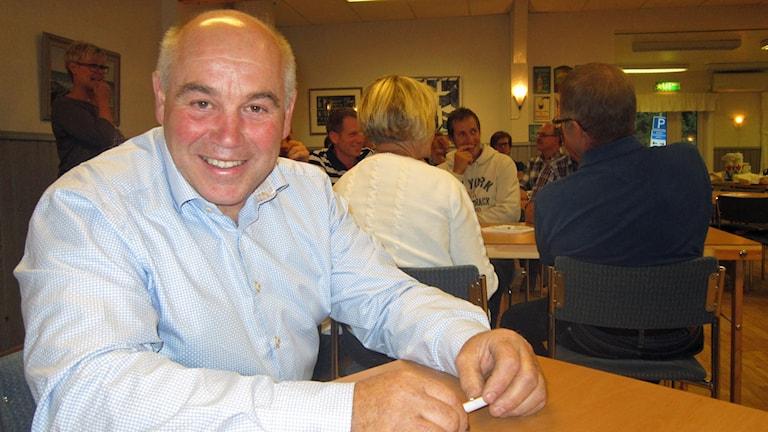 Jörgen Tolversson, mjölkbonde från Glassbacka utanför Vessigebro, deltog på mötet om mjölkpriserna. Foto: Inger Söderström/Sveriges Radio.
