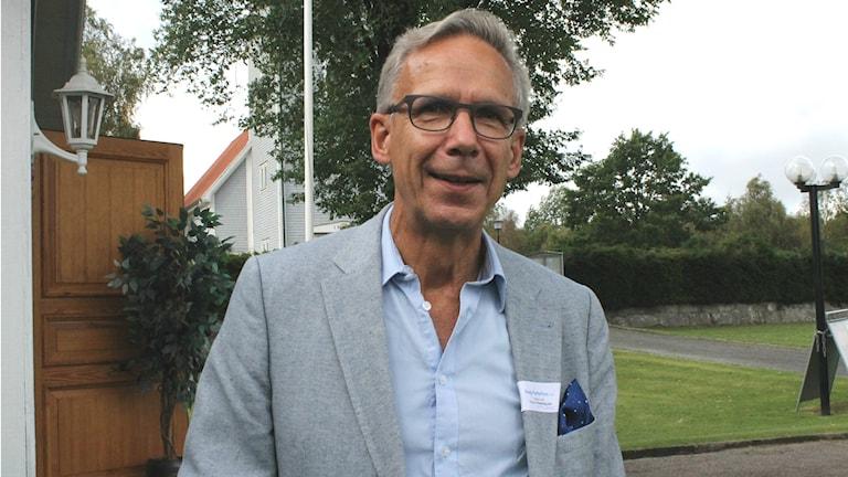 Dag Hultefors (M) är ordförande i regionstyrelsens tillväxtutskott i Region Halland. Foto: Henrik Martinell / Sveriges Radio