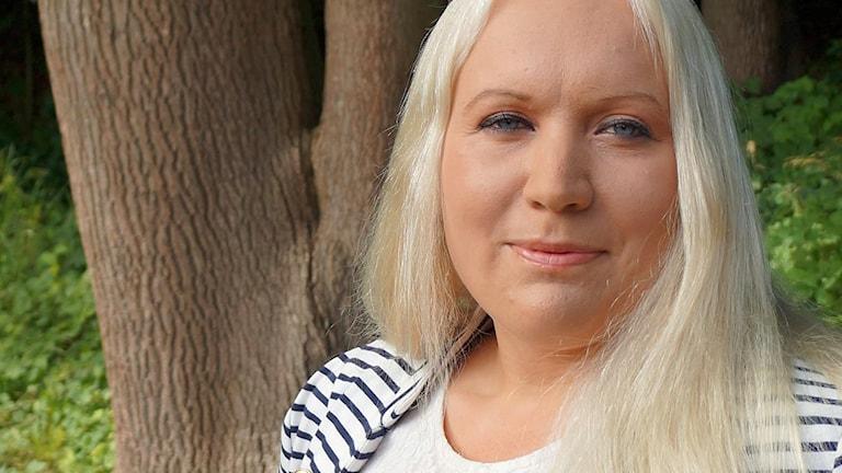 Hyltepolitikern Stina Isaksson (SD) hoppas på en bra lottning. Foto: Privat.