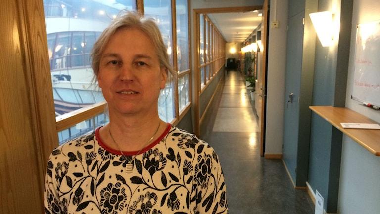 Tove Bergman (Mp), ordförande i barn- och ungdomsnämnden. Foto: Henrik Martinell/Sveriges Radio
