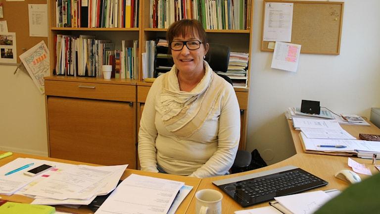 Heléne Malmström är verksamhetschef för grundskolan i Falkenbergs kommun. Foto: Elin Logara/SR