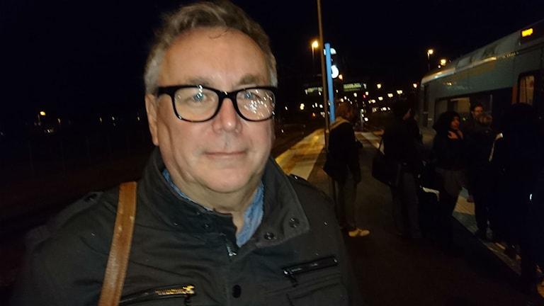 Björn Pontén tågpendlare från Halmstad. Foto: Henrik Martinell/Sveriges Radio.