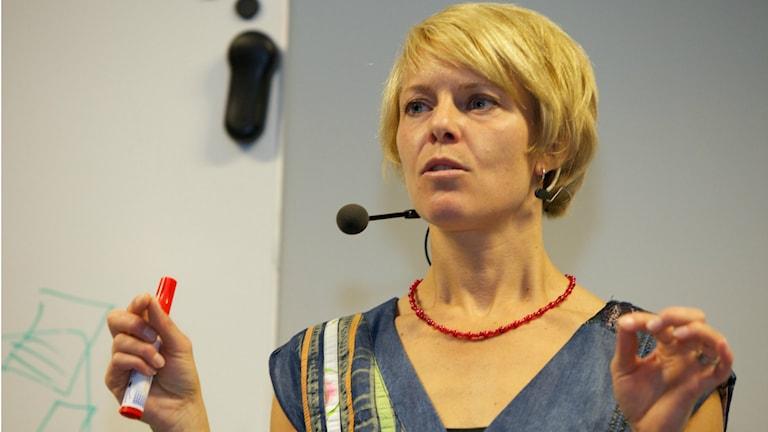 Anna Zetterberg har skrivit boken Mer än hjärna och föreläser om hur vi kan arbeta mindre men mer effektivt. Foto: Privat