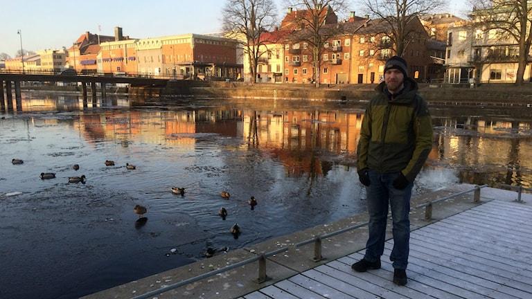 Joakim Järlind vill visa upp det som finns under vattenytan i Nissan.