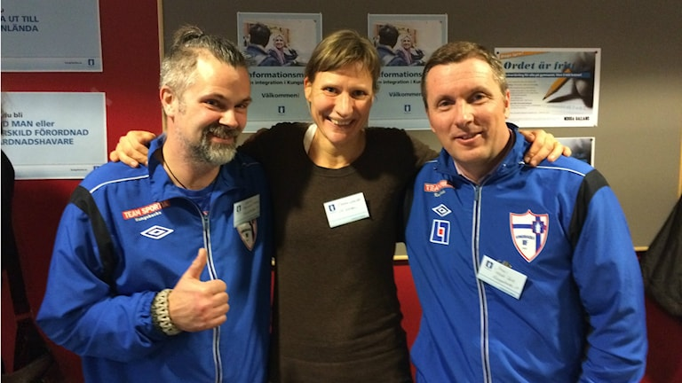 Martin Hammarstrand och Jonas Hällefalk från Kungsbacka IF samt Emma Snelder från VK Westan