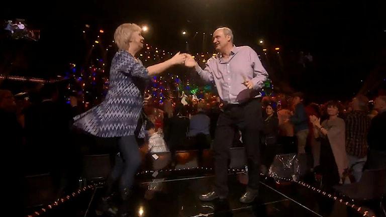 Annikki Månsson och Nils Olsson från Göteborg tog chansen och bjöd upp till dansen.