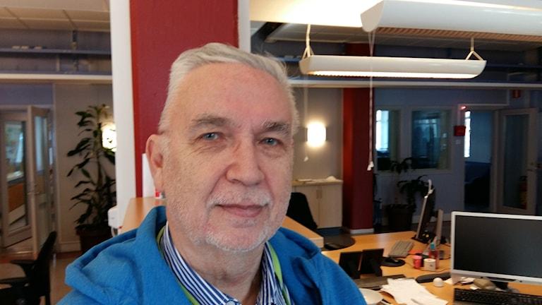 Nattvandrandrare ska inte ha med sig baseballträn, säger socilogen Ove Svensson
