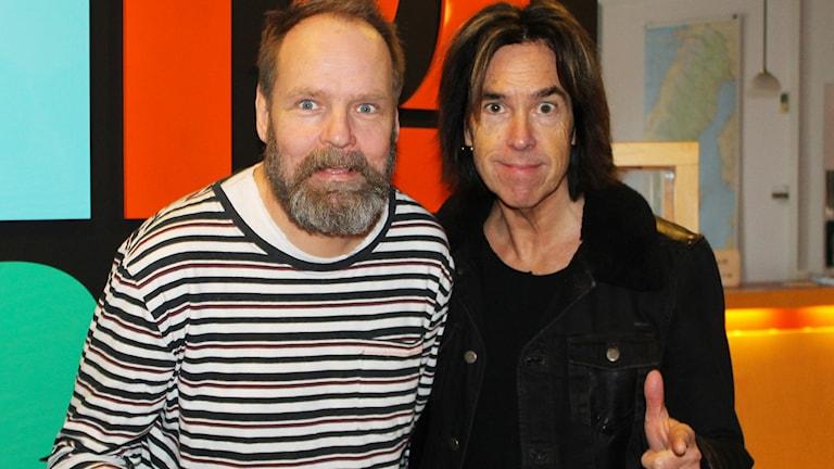 Per Scholander, producent för Nio i topp, tillsammans med Per Gessle. Foto: Karin Ingströmer/Sveriges Radio.