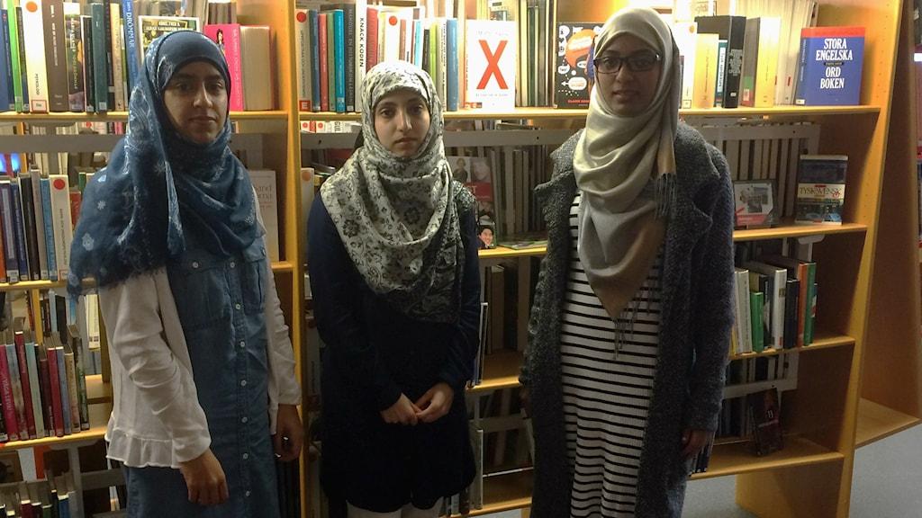 Fr v: Maria Abdul Rahim, Safa Abu Talib, Hifa Al Ohab