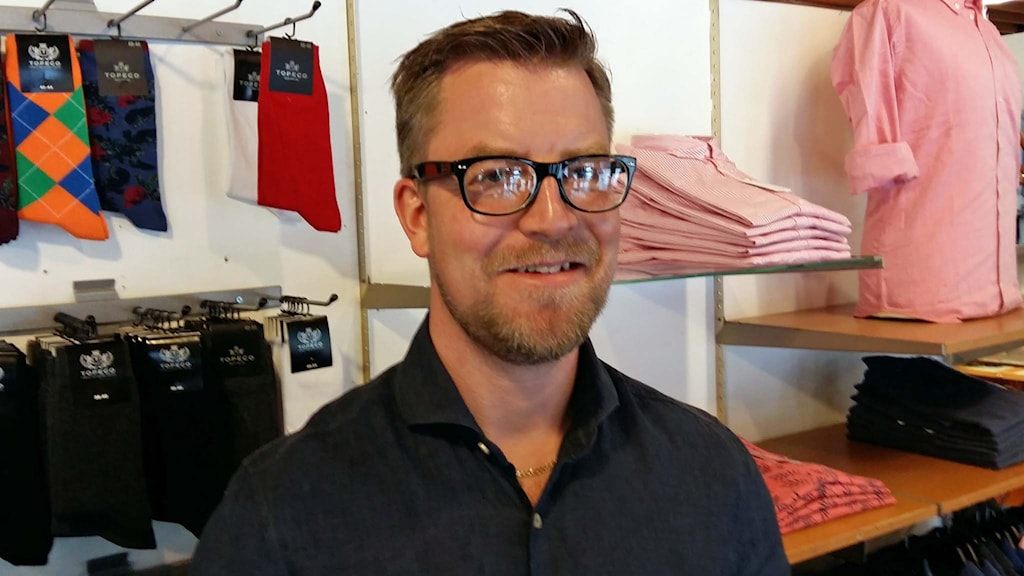 Mattias Magnusson tror att det är bra att brevbärarna kommer tillbaka. Foto: Johan Tollgerdt/Sveriges Radio.