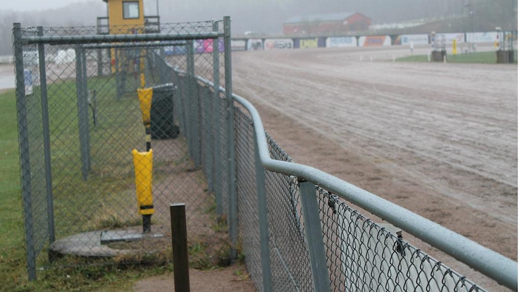 Platsen där Red Passion skenade i panik över staketet med sulkyn dragandes efter sig.
