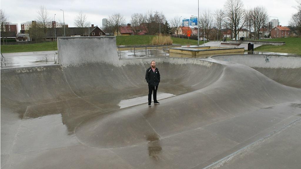 Ordföranden i Halmstad Skateboardförening, Henrik Cederlund.