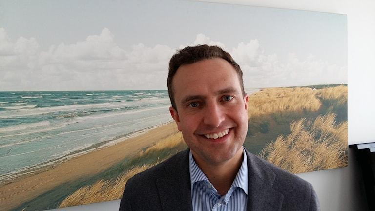 Tobias Tobé anser att hallänningarna bör kunna få rösta gällande förslaget om nya storregioner i Sverige