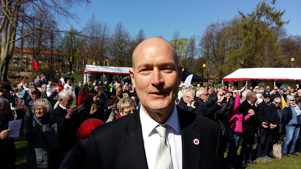 Över 500 personerlyssnade på Hans Hoff i Halland under första maj.