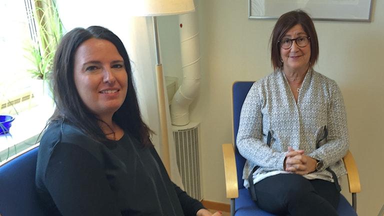 Lisa Wall, familjerådgivare och Christina Bäckblom Fahlén, enhetschef vid Familjerådgivningen i Halmstad.