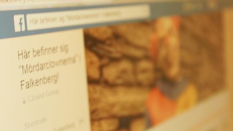 """Facebook-gruppen """"Här befinner sig """"Mördarclownerna"""" i Falkenberg!"""" har skapats för att hålla koll på var det kan finnas clowner."""