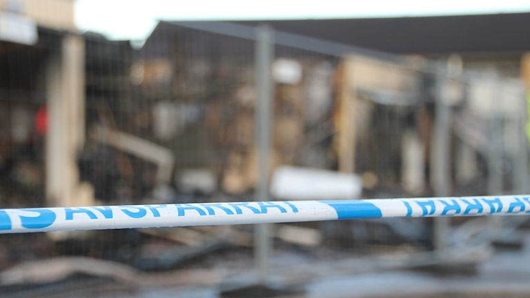 Brand i garagelänga på Jaktfalksvägen på Fyllinge i Halmstad.