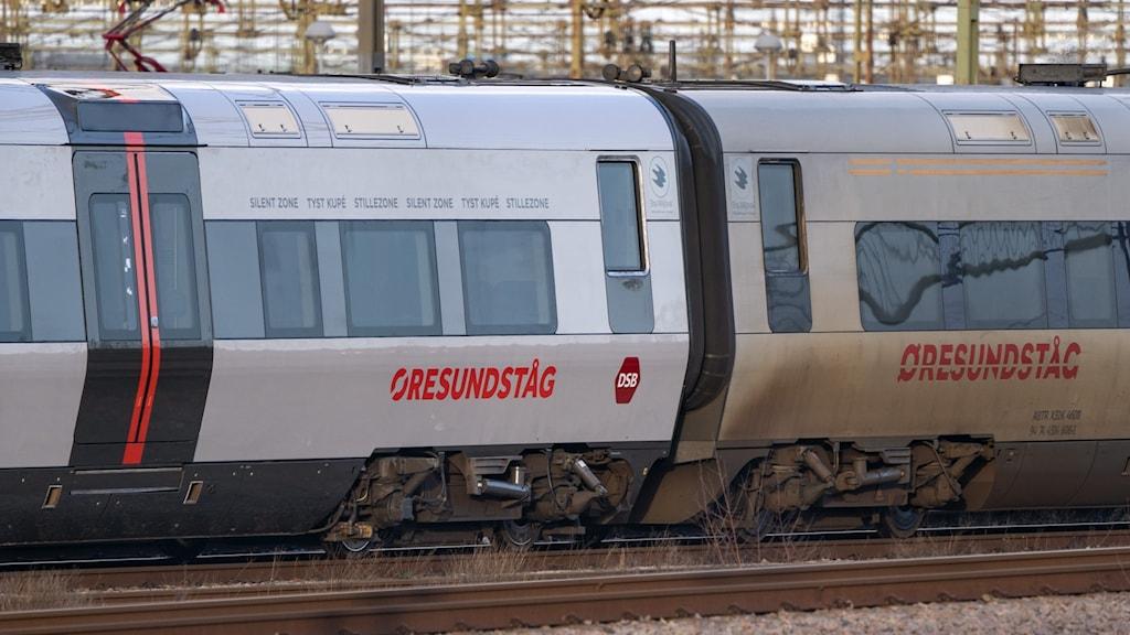 På bilden ser man två vagnar på ett Öresundståg. Foto: Johan Nilsson/TT.