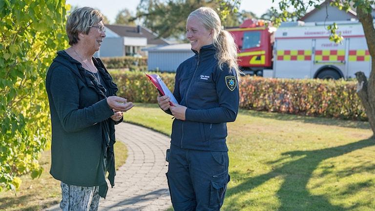 Räddningstjänsten Väst på hembesök. Foto: Räddningstjänsten Väst