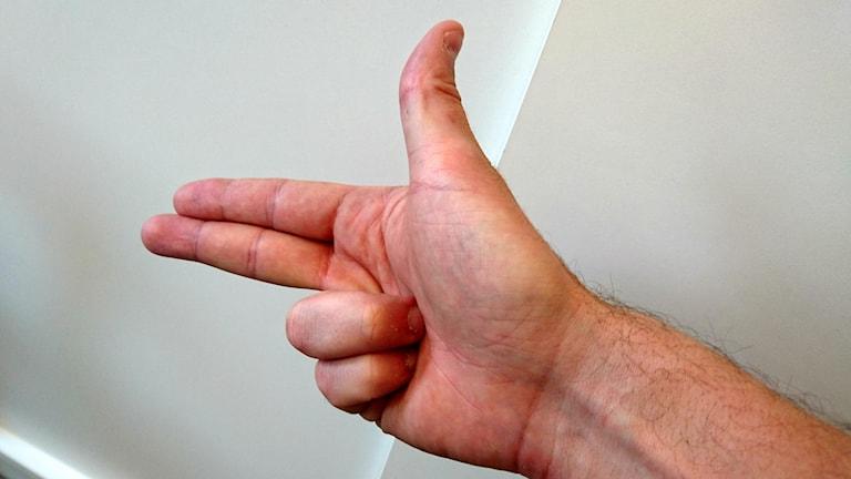 Formade hand som pistol - åtalas.