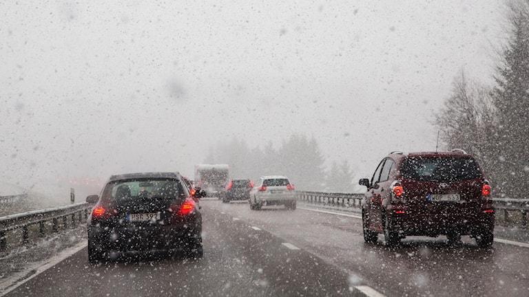 SMHI har utfärdat en klass 1-varning för snöfall.