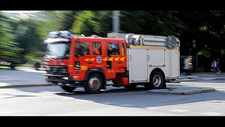 Räddningstjänstens fordon måste bli säkrare. Foto: Bertil Ericson/Scanpix
