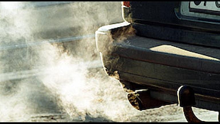 Avgaser från en bil. Foto: Erik G Svensson/Scanpix.