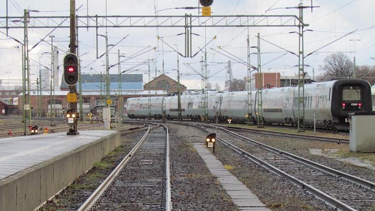 Tåg och räls.