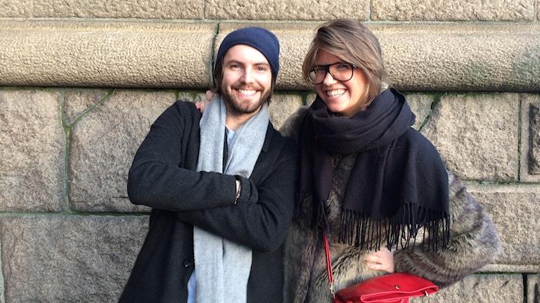 Rina Ratell och Alex Bennheden  levererar sina bästa julrim.
