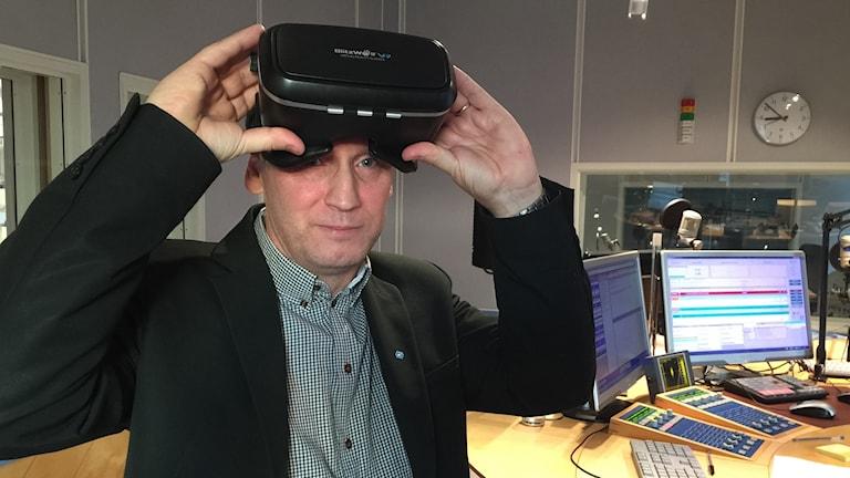 Håkan Cajander, föreståndare på nyöppnade Digitalt Laborativt Centrum ser spännande framtid med VR.