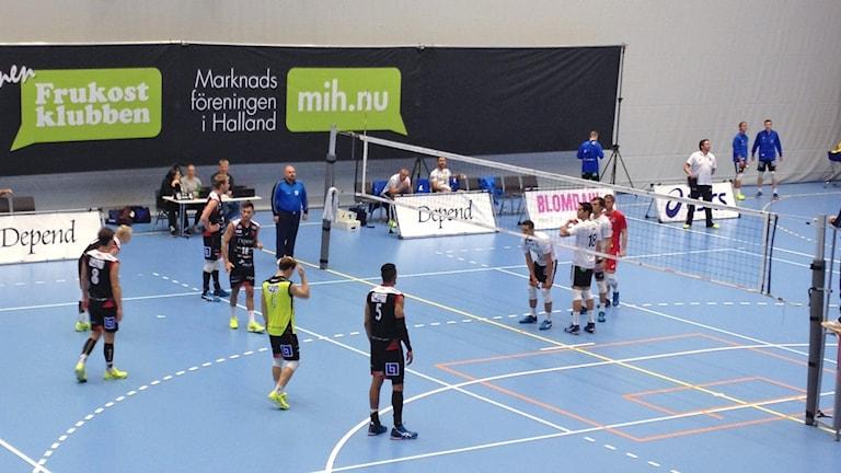 Hylte/Halmstad spelar mot Falkenberg volleyboll.