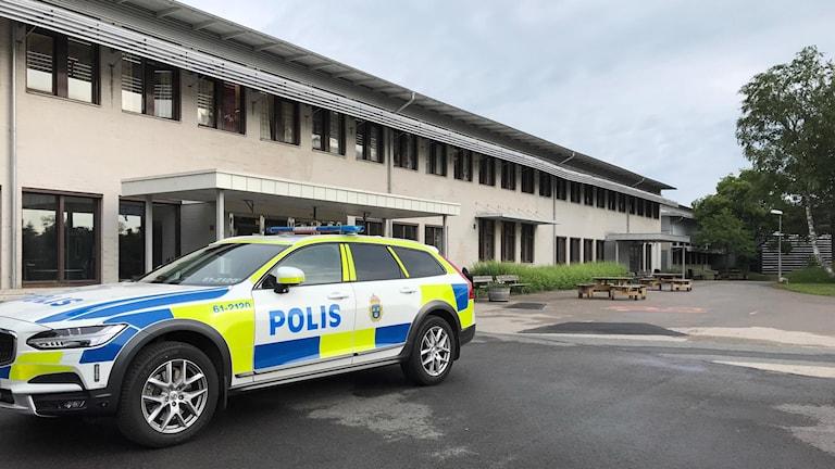 Knivdåd Ljungby, vinbrännboll, polis