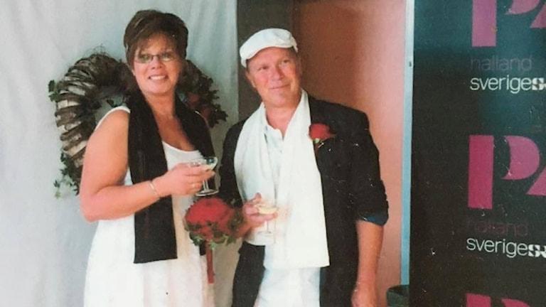 Monika och Håkan Hansson gifte sig i direktsändning