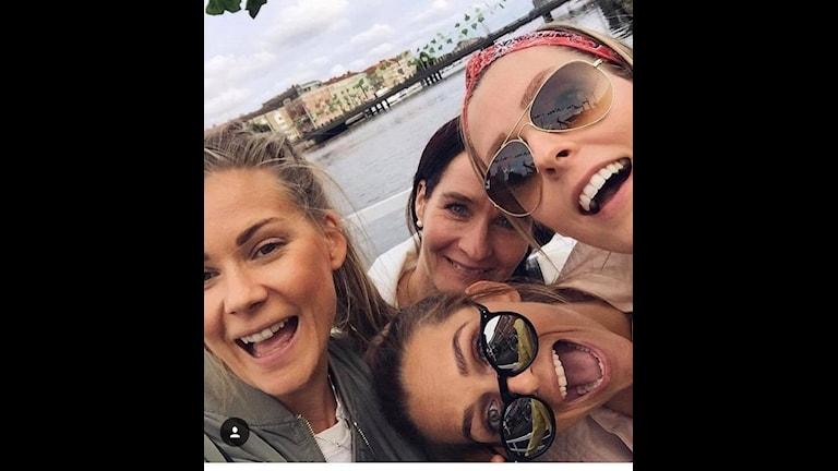 Kollegorna på Toms kundservice Catrine Larsson, Hanna Lundström, Jenny Johansson och Veronica Prytz.