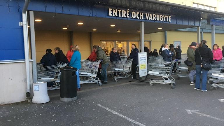 Gänget från Munkfors var på plats utanför Gekås redan klockan 6.