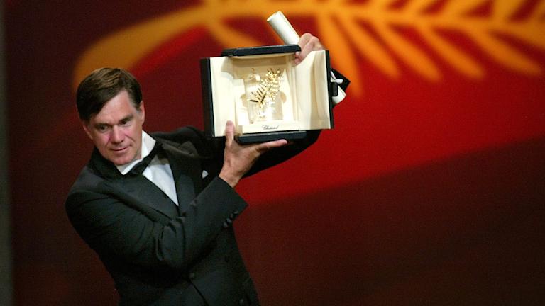 Gus Van Sant med Guldpalmen, finaste priset på Cannes Filmfestival.