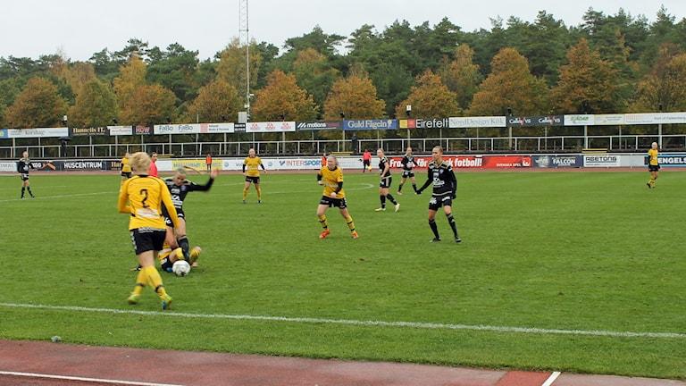 Böljan spelar fotboll mot Glimåkra.