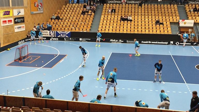 Warberg spelar borta mot Linköping i den avgörande matchen i superligan i innebandy.