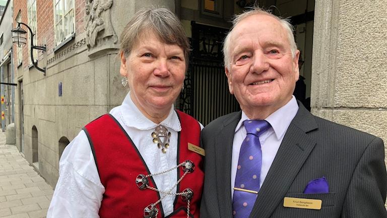 Ingrid och Knut Bengtsson fick idag ta emot LRF Mjölks Guldmedalj av kungen