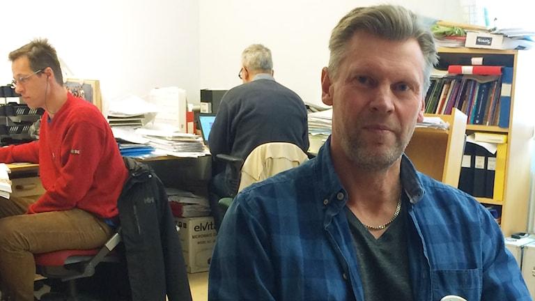 Jörgen Karlsson, lärare på Sannarpsgymnasiet, säger upp sig som en protest mot att han tycker att lärarlönelyftet är orättvist.