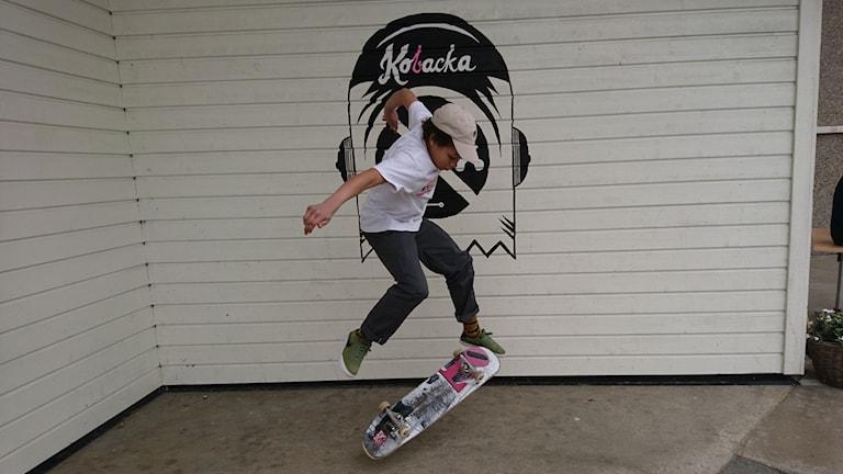 Mike Ogbho briljerar skejt skate skateboard
