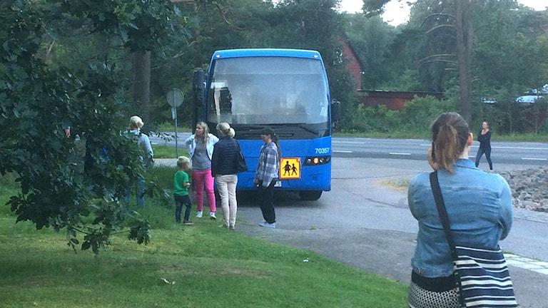 Turerna med skolbussen är ett minne bort när Steninge får en ny skola.