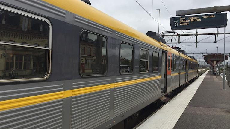 tåg mot borås